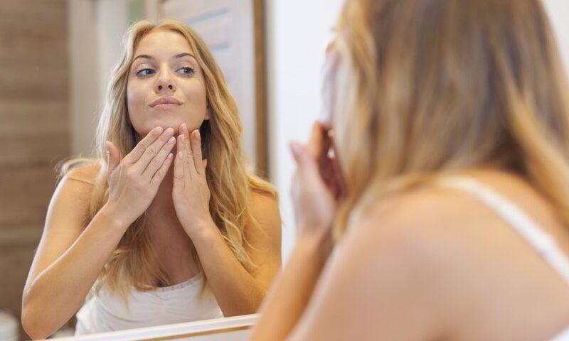 Comment nettoyer la peau du visage en profondeur ? - Comment nettoyer la peau du visage en profondeur ? - Phoenix Esthetic